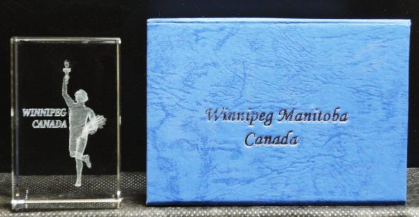 G1-503-38 - Golden Boy-Wpg-CAN Crystal in Deluxe Box (5 x 5 x 8 cm)-0