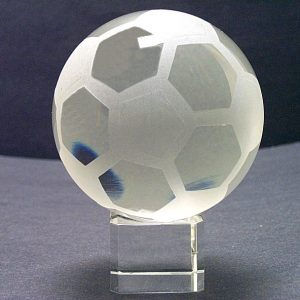 G1-530 - Crystal Soccer Ball & Stand (8 x 10 cm)-0